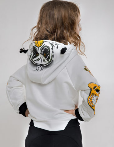 Kids Hoodie Goose. Color ivory. Hoodie: unisex, well suited for both boys and girls.
