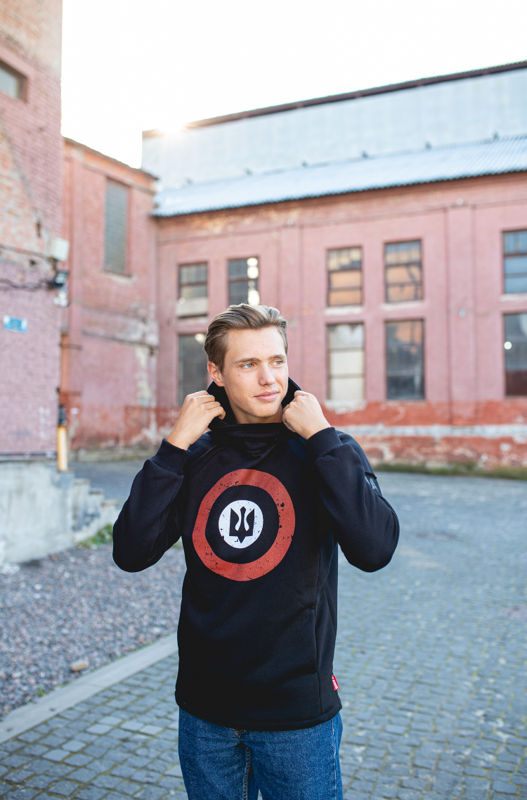 Men's Hoodie Roundel. Color black.  Material: 77% cotton, 23% polyester.