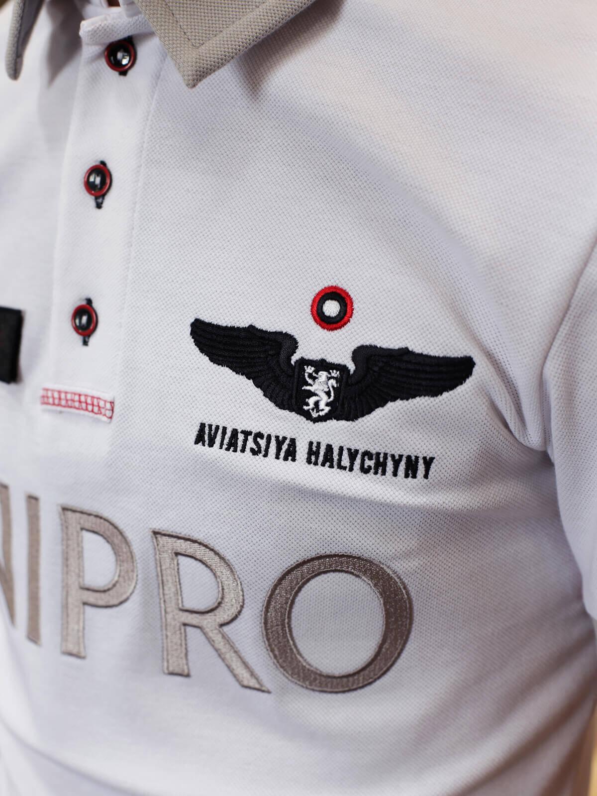 Чоловіче Поло Air Race Dnipro. Колір білий.  Розмір на моделі: S.