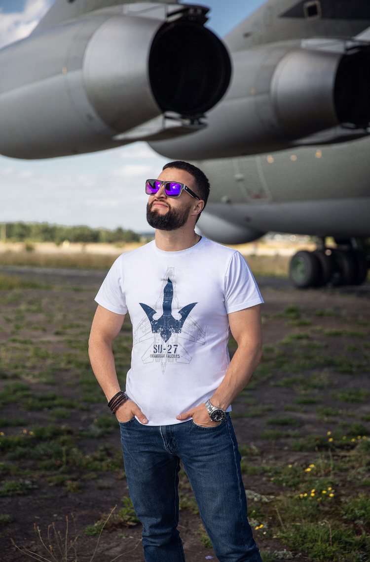 Men's T-Shirt Su-27. Color white.  Size worn by the model: M.