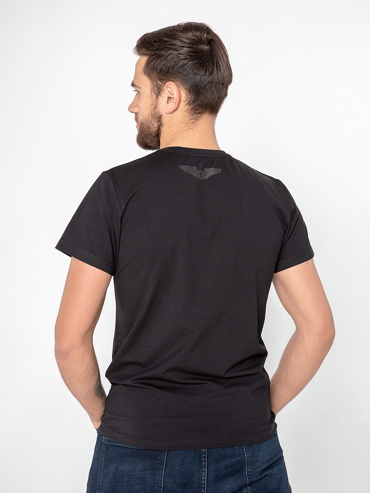 Men's T-Shirt Fly Cabin. Color black.  Material: 95% cotton, 5% elastane.
