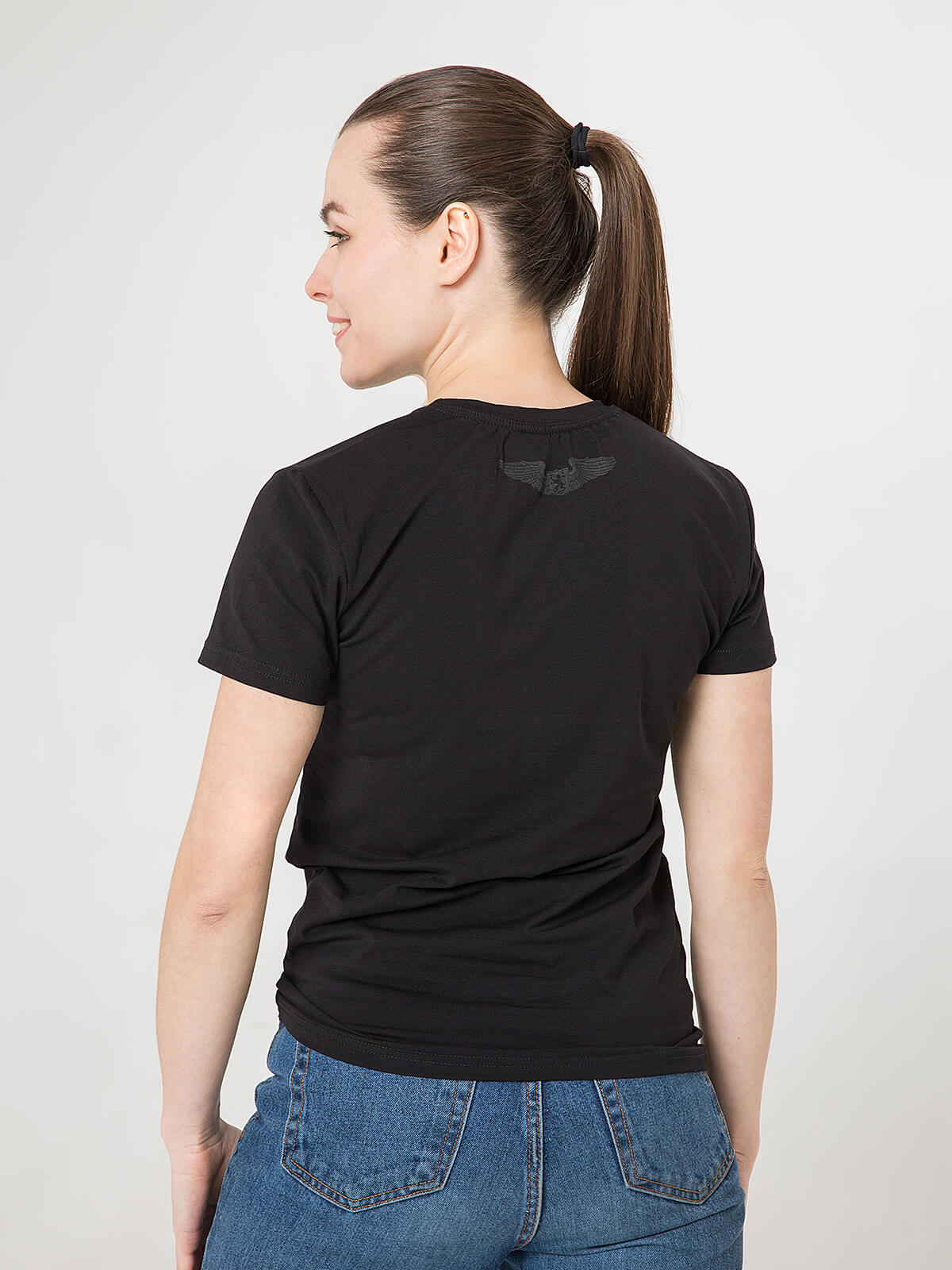 Women's T-Shirt Roundel. Color black.  Don't worry about the universal size.