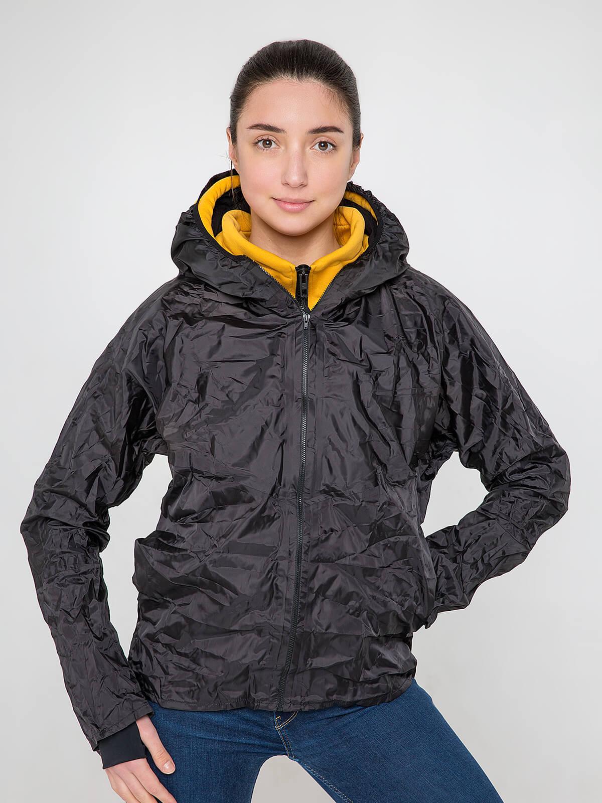 Жіноче Худі Syla. Колір жовтий.  На жіночій фігурі поло виглядає просто чудово! Матеріал худі – тринитка: 77% бавовна, 23% поліефір.