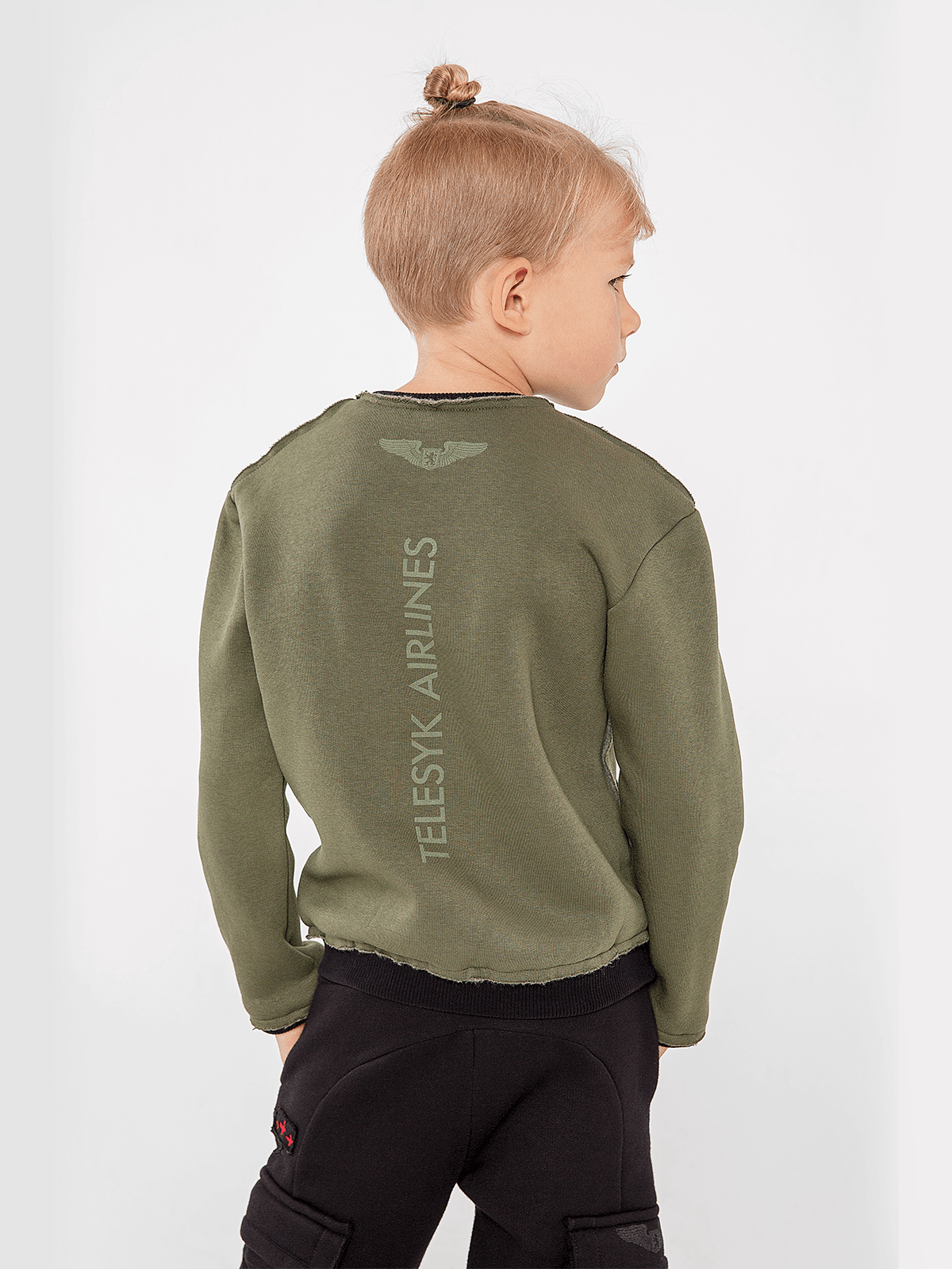 Kids Sweatshirt Dragon Won't Get It!. Color khaki.  Material: 77% cotton, 23% polyester.