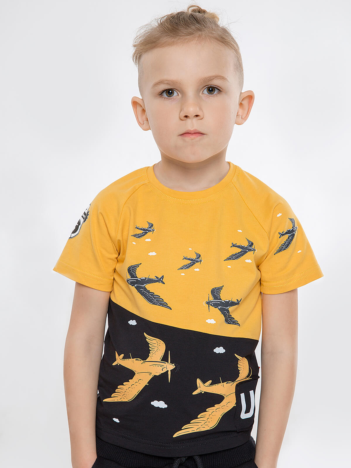 Kids T-Shirt Swallow. Color yellow. Material: 95% cotton, 5% spandex.