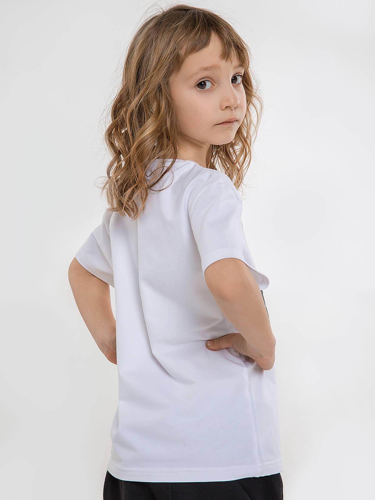 Kids T-Shirt Syla. Color white.  Technique of prints applied:  silkscreen printing, embroidery.