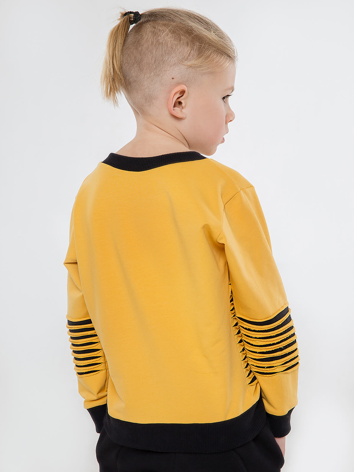 Kids Sweatshirt Chornogora. Color yellow.  Material: 77% cotton, 23% polyester.