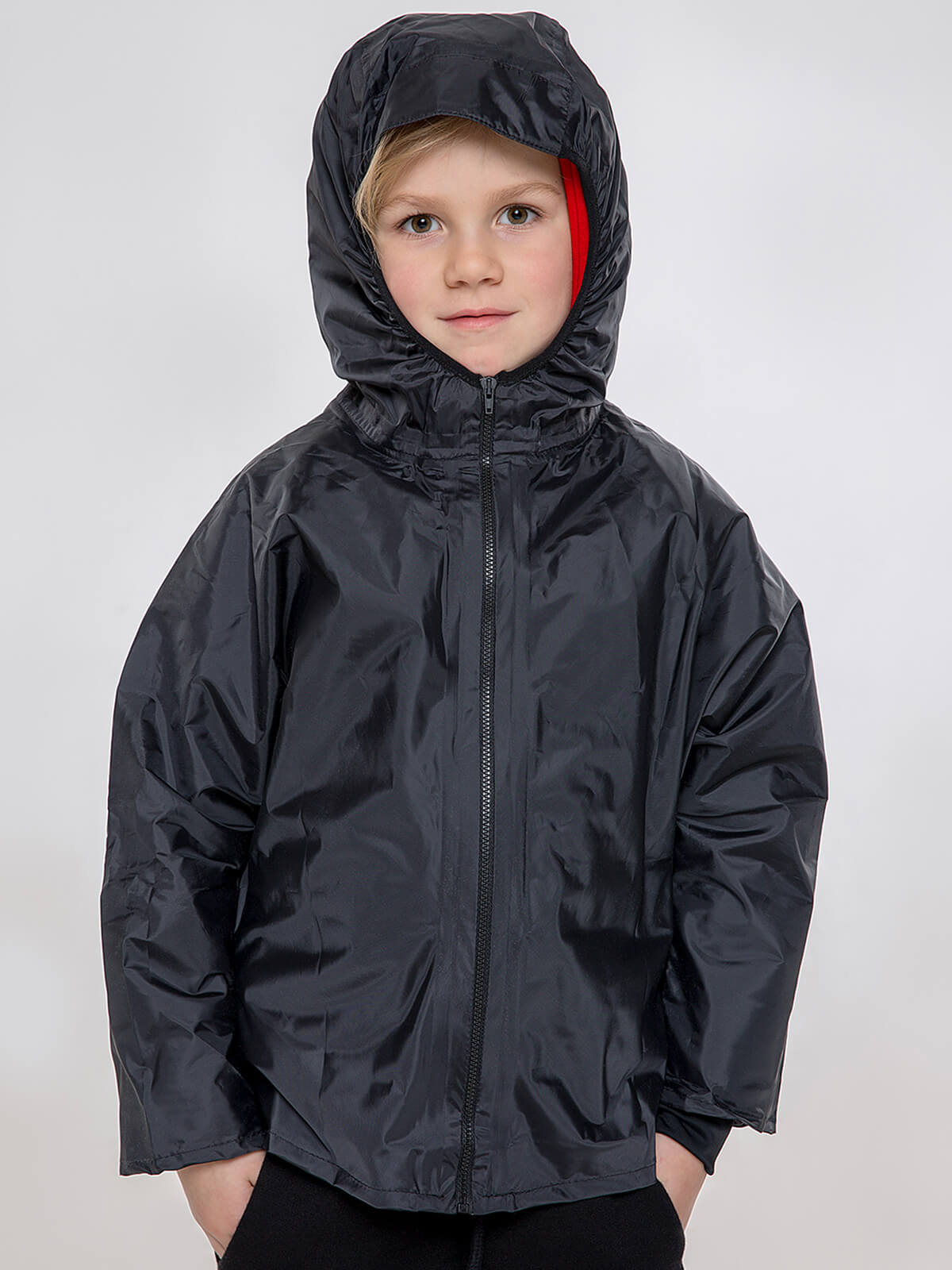 Kids Hoodie Syla. Color red.  Material of the raincoat: 100% polyester.