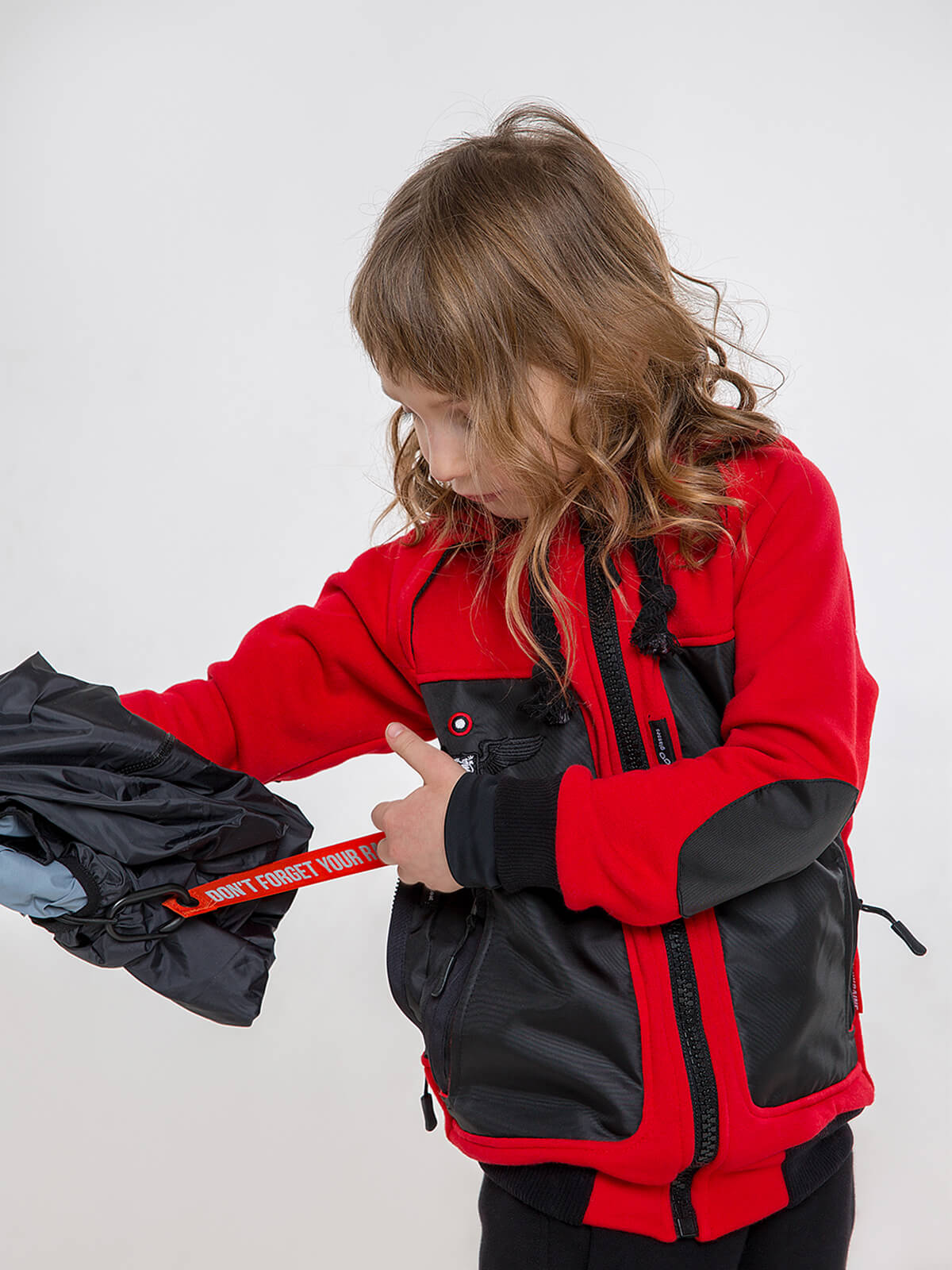 Kids Hoodie Syla. Color red.  Material of the hoodie – three-cord thread fabric: 77% cotton, 23% polyester.