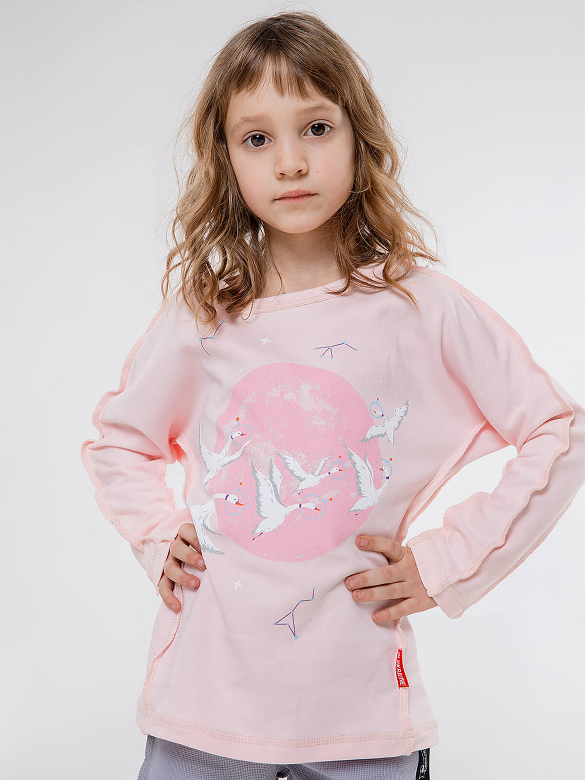 Kids Pajamas Geese. Color pale pink.  The color shades on your screen may differ from the original color.