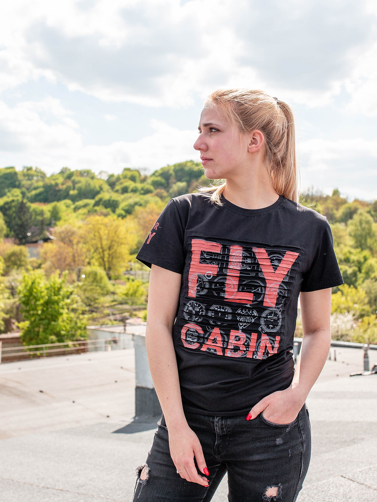 Women's T-Shirt Fly Cabin. Color black.  Polo looks great on a female figure! Material: 95% cotton, 5% spandex.