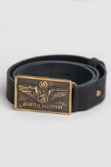 Belt Ah Rectangular. Length: 125 cm Material: leather and brass.