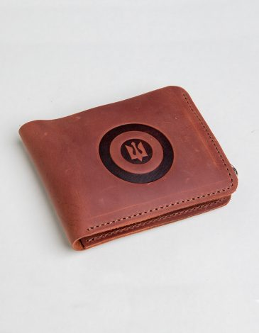 Wallet Roundel. Color light brown. 2.