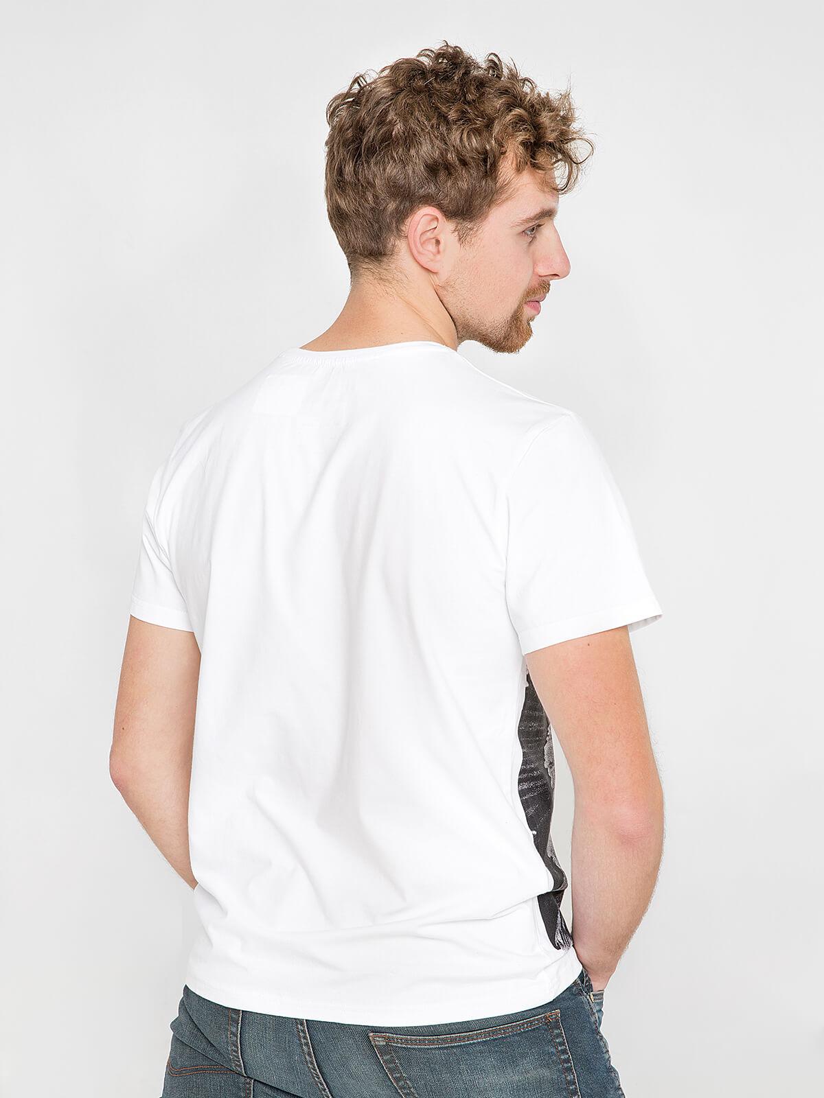 Men's T-Shirt Stork. Color white.  Material: 95% cotton, 5% spandex.