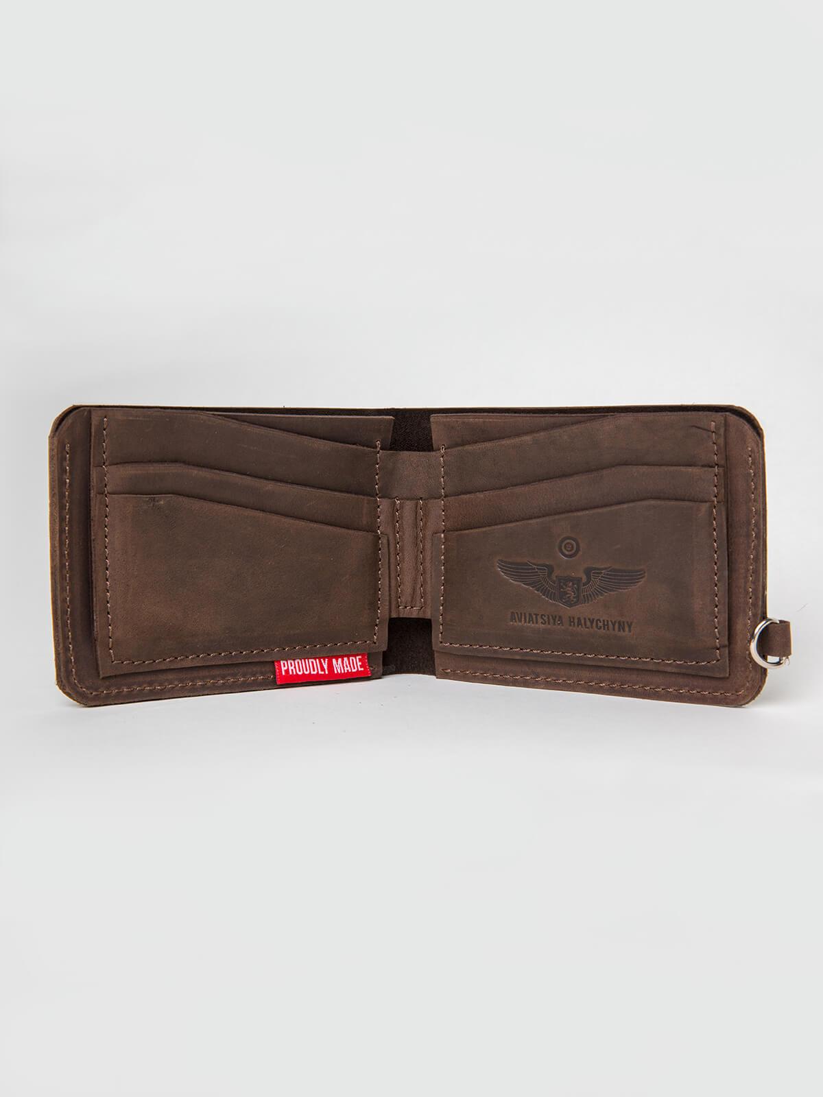 Wallet Roundel. Color brown. 1.
