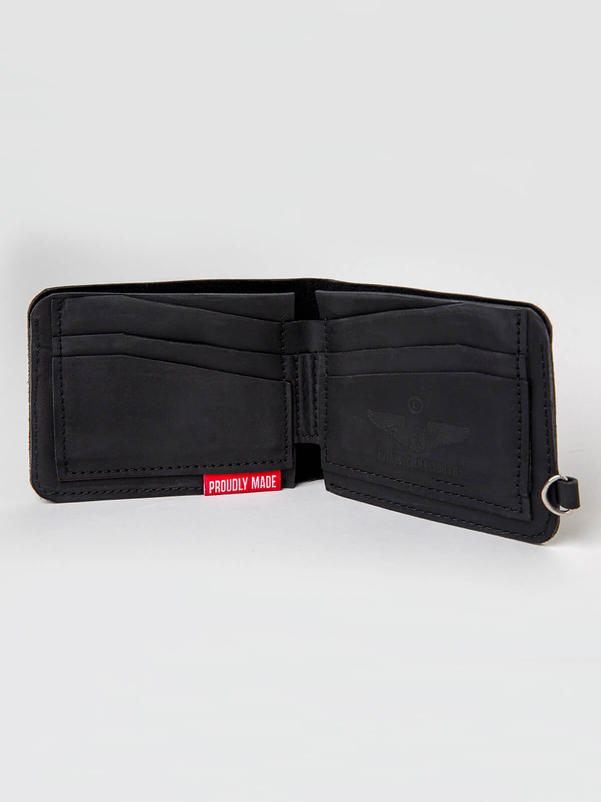 Wallet Roundel. Color black. 3.