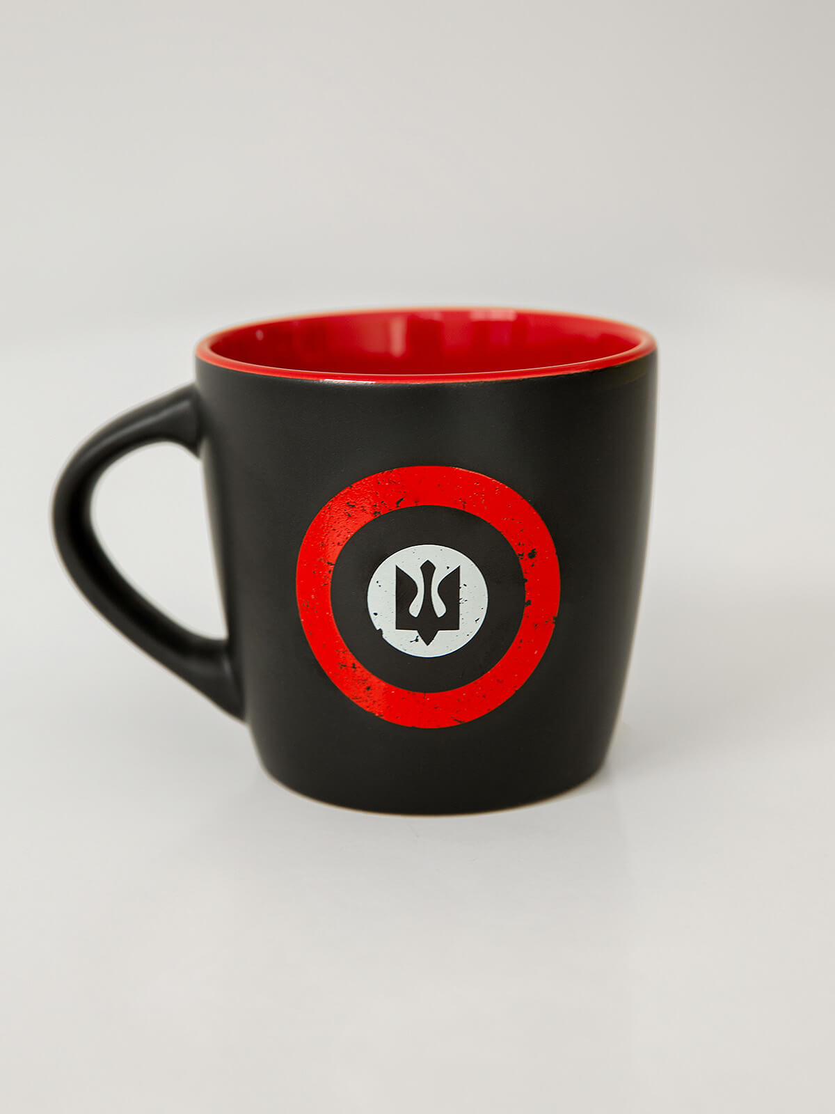 Cup Rondel. Color black. Material: ceramics.