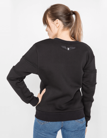 Women's Sweatshirt Marmarosy. Color black.  Don't worry about the universal size.