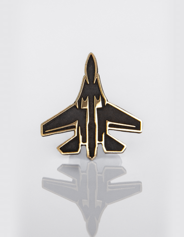 Значок Su-27. Колір чорний. .