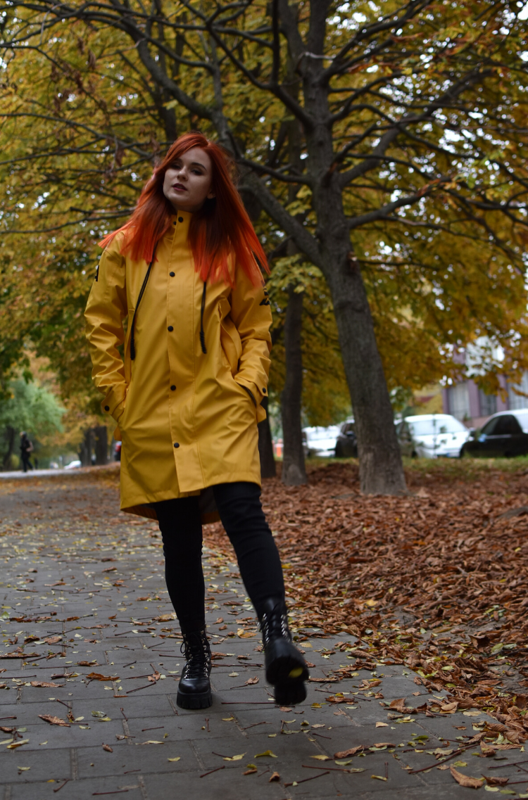 Women's Raincoat From Lviv With Rain. Color yellow. 4.