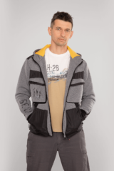 Men's Hoodie 10 Mab. Three-cord thread fabric: 77% cotton, 23% polyester.