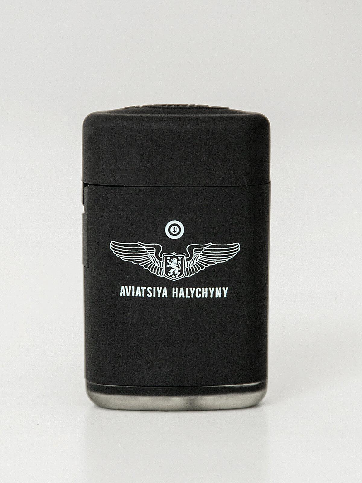 Запальничка Крила. Колір чорний. Розмір: 3,5х6х2 см Матеріал: метал.