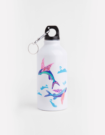 Kids Flask Flying Fishes. Color white. Wash the flask from the inside before using; ● Image applying technique — cold decal.