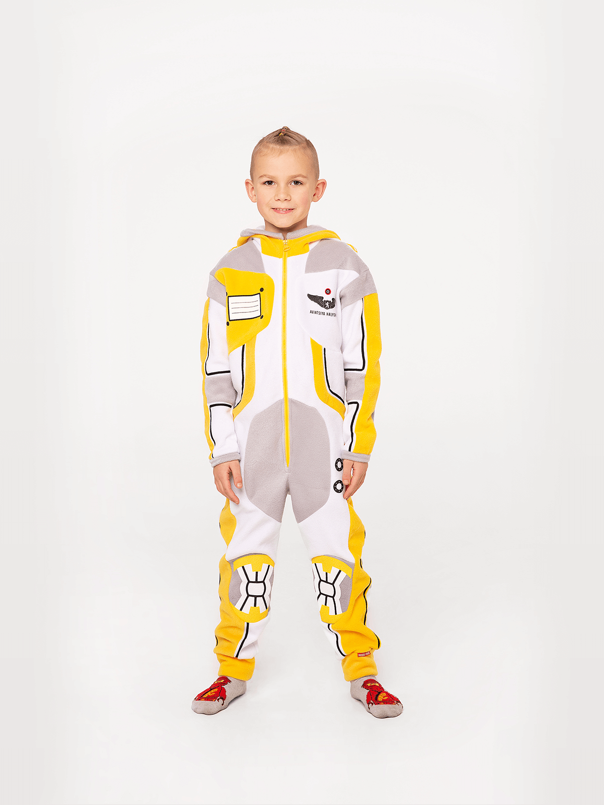 Pajamas Spacesuit. Color yellow.  Material: 100% polyester.