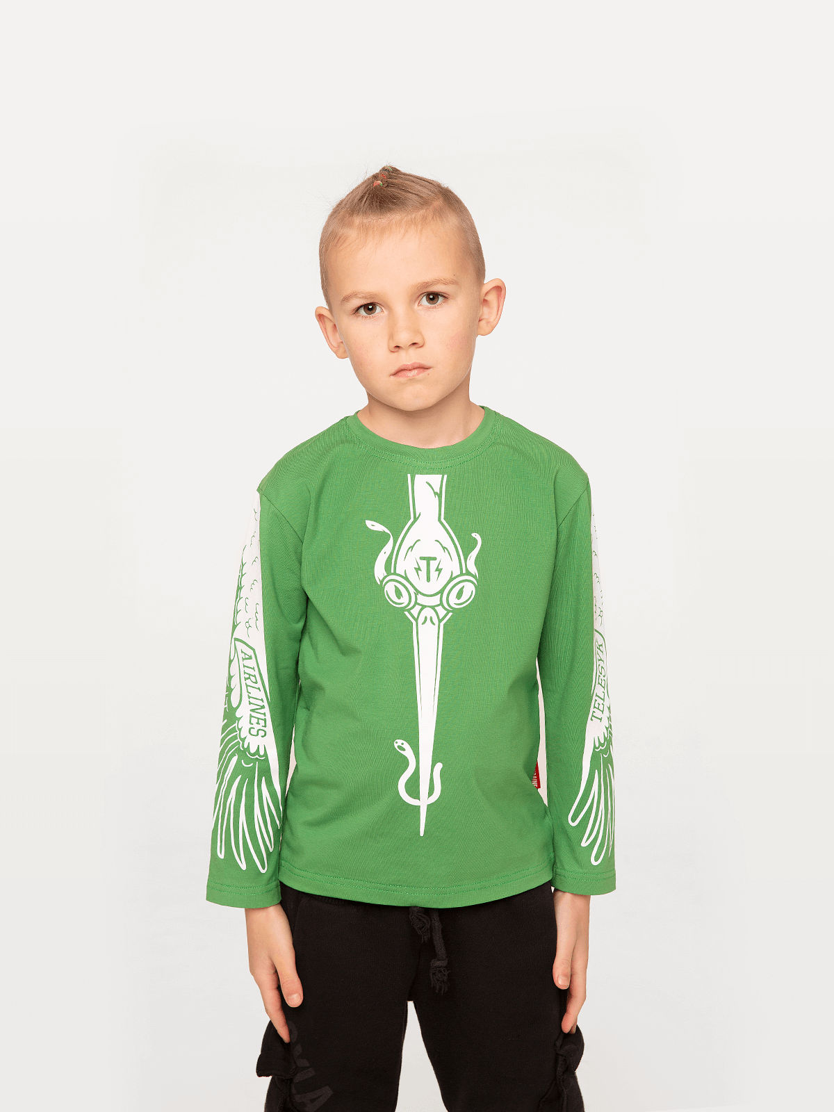 Kids Long Sleeves Stork. Color green. Long sleeve: unisex, well suited for both boys and girls.