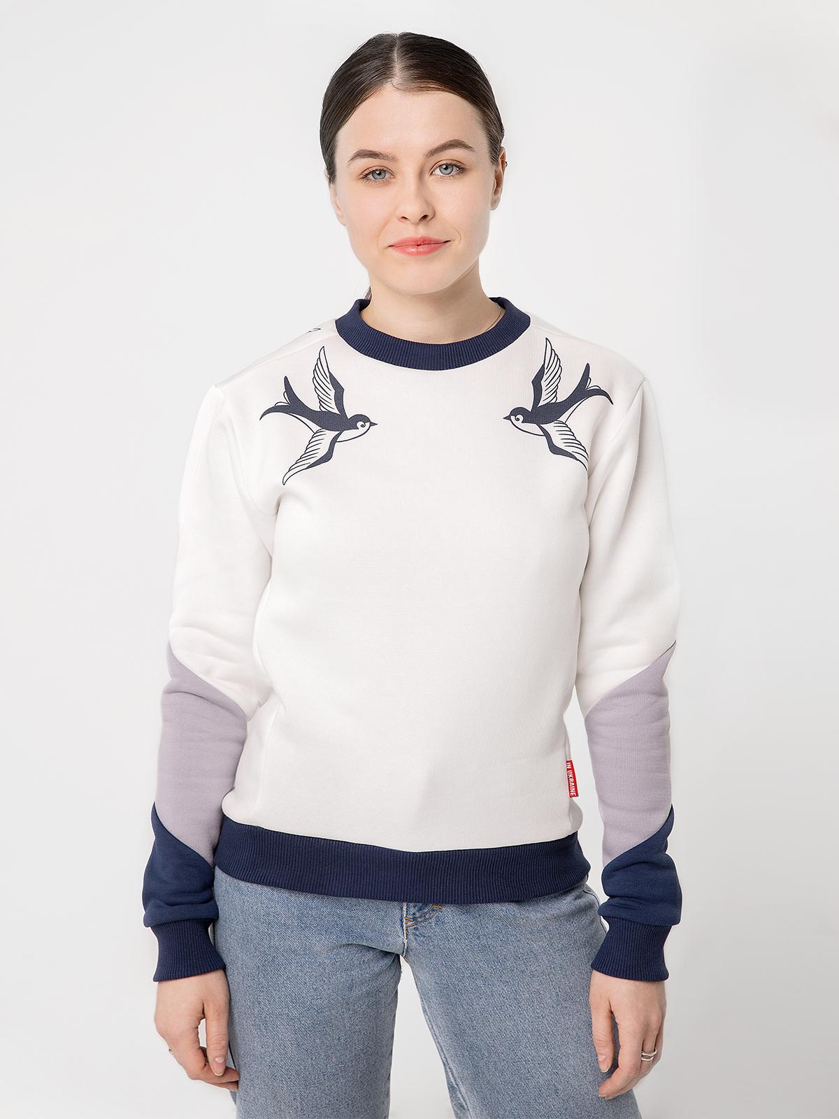 Women's Sweatshirt Swallow. Color white. Three-cord thread fabric: 77% cotton, 23% polyester.