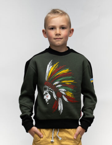 Дитячий Світшот Індіанець. Колір хакі. Світшот: унісекс, добре пасує і хлопцям, і дівчатам.