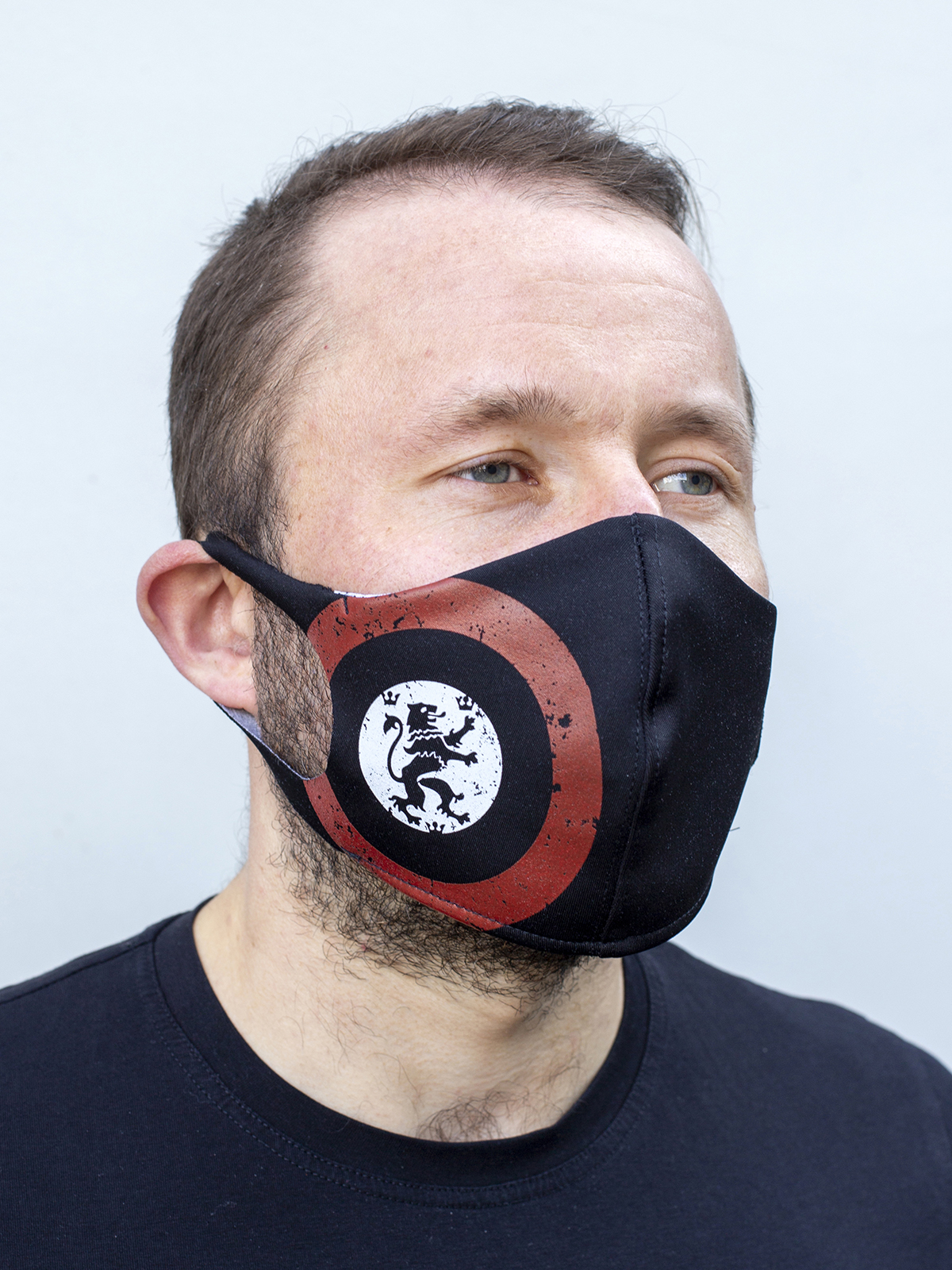Mask Lion (Roundel). Color black.  The cuts of the straps are soft and raw.