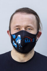 Mask Wjo Na Mars. Reusable protective mask with a pocket for a replaceable filter Basic material (outer layer): scuba fabric (rayon 65%, lycra 5%, polyester 30%) – light-weight, elastic and smooth material that dries quickly and fits the face line effectively.