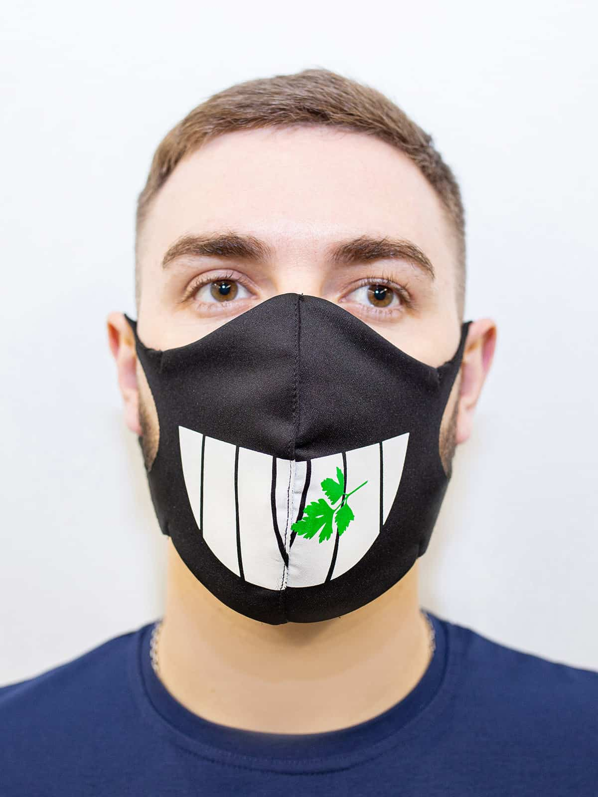 Mask Teeth. Color black.  The cuts of the straps are soft and raw.