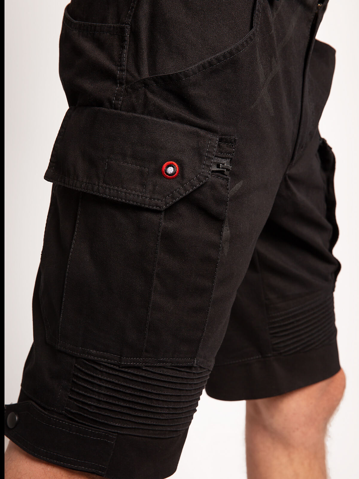Men's Shorts Flyer. Color black. 4.