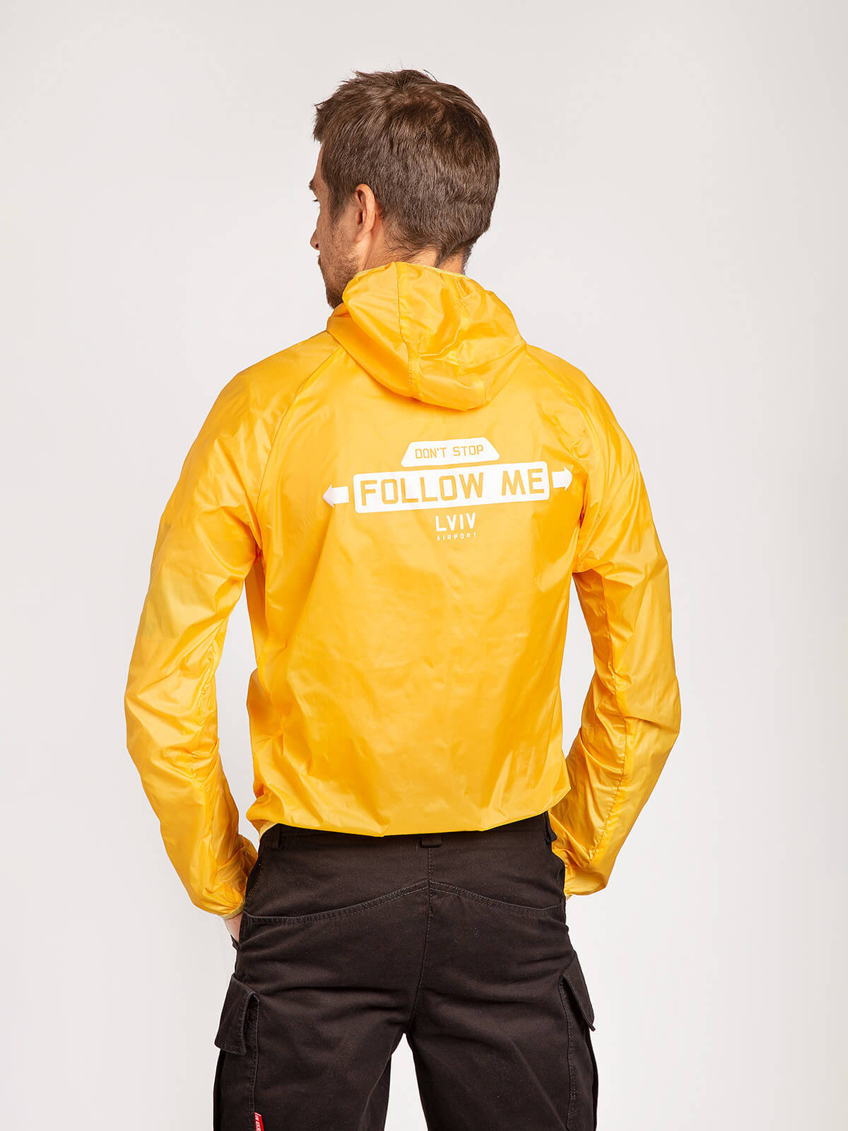 """Windbreaker And Fanny Pack Set """"have A Nice Flight"""". Color yellow. 5."""