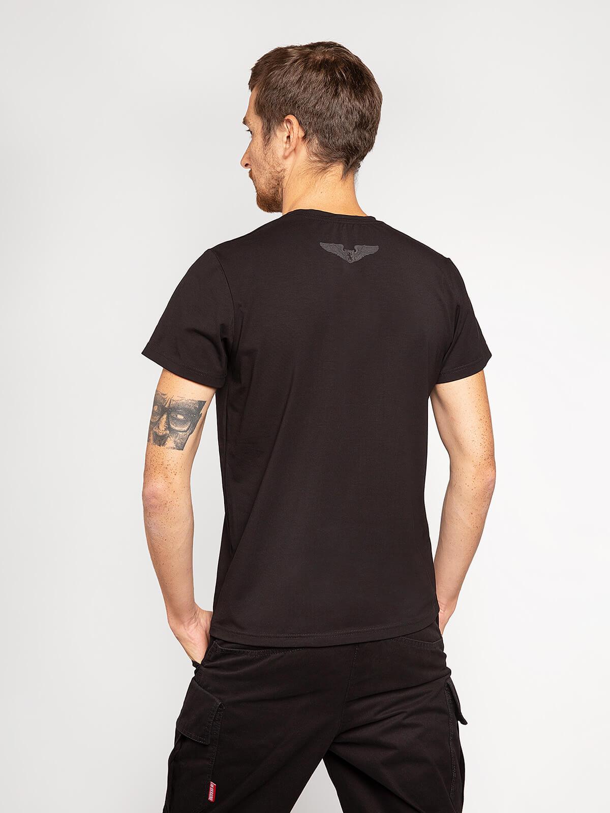 Чоловіча Футболка Лев (Рондель). Колір чорний.  Матеріал: 95% бавовна, 5% спандекс.