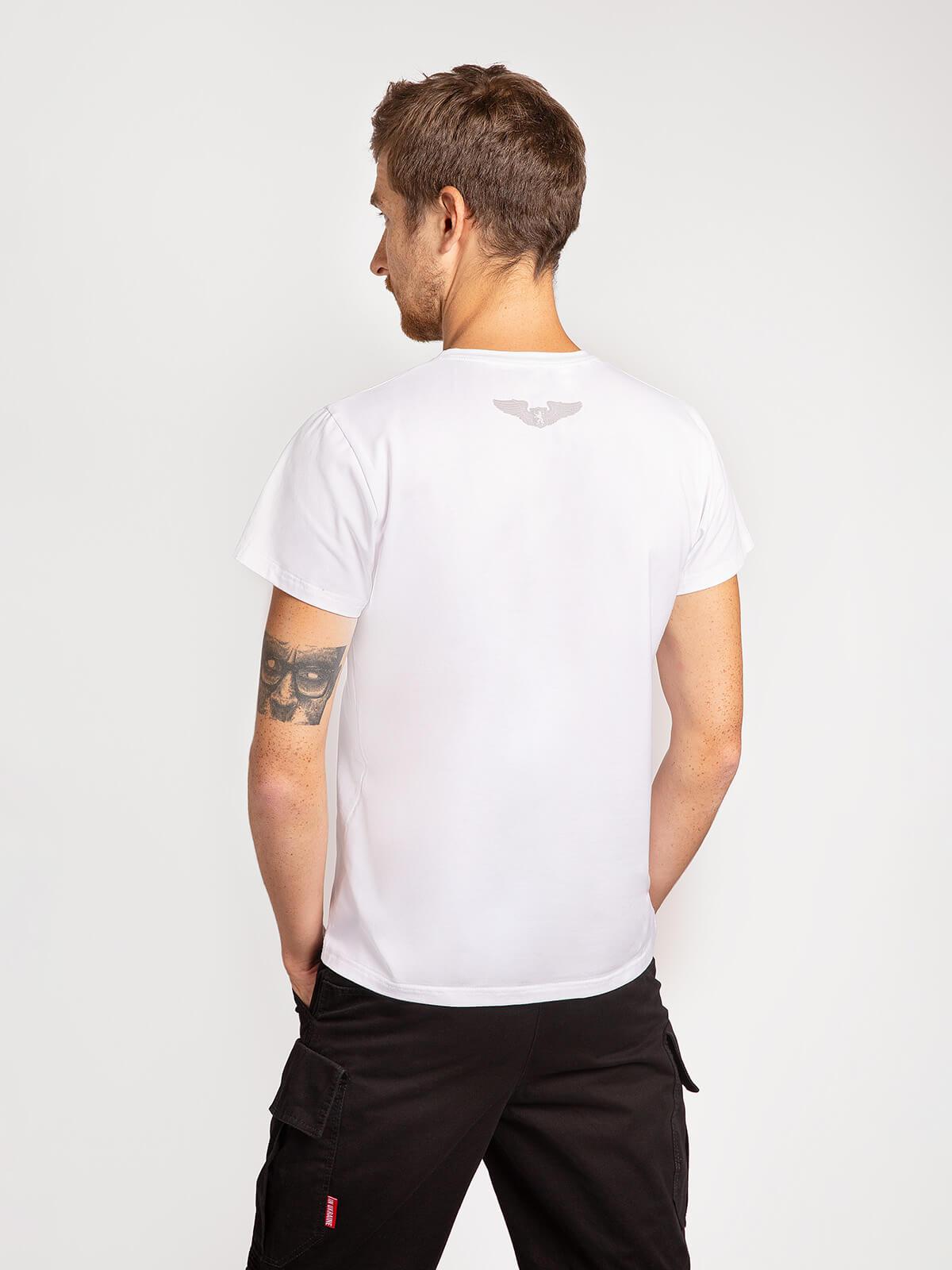 Чоловіча Футболка Лев (Рондель). Колір білий.  Матеріал: 95% бавовна, 5% спандекс.