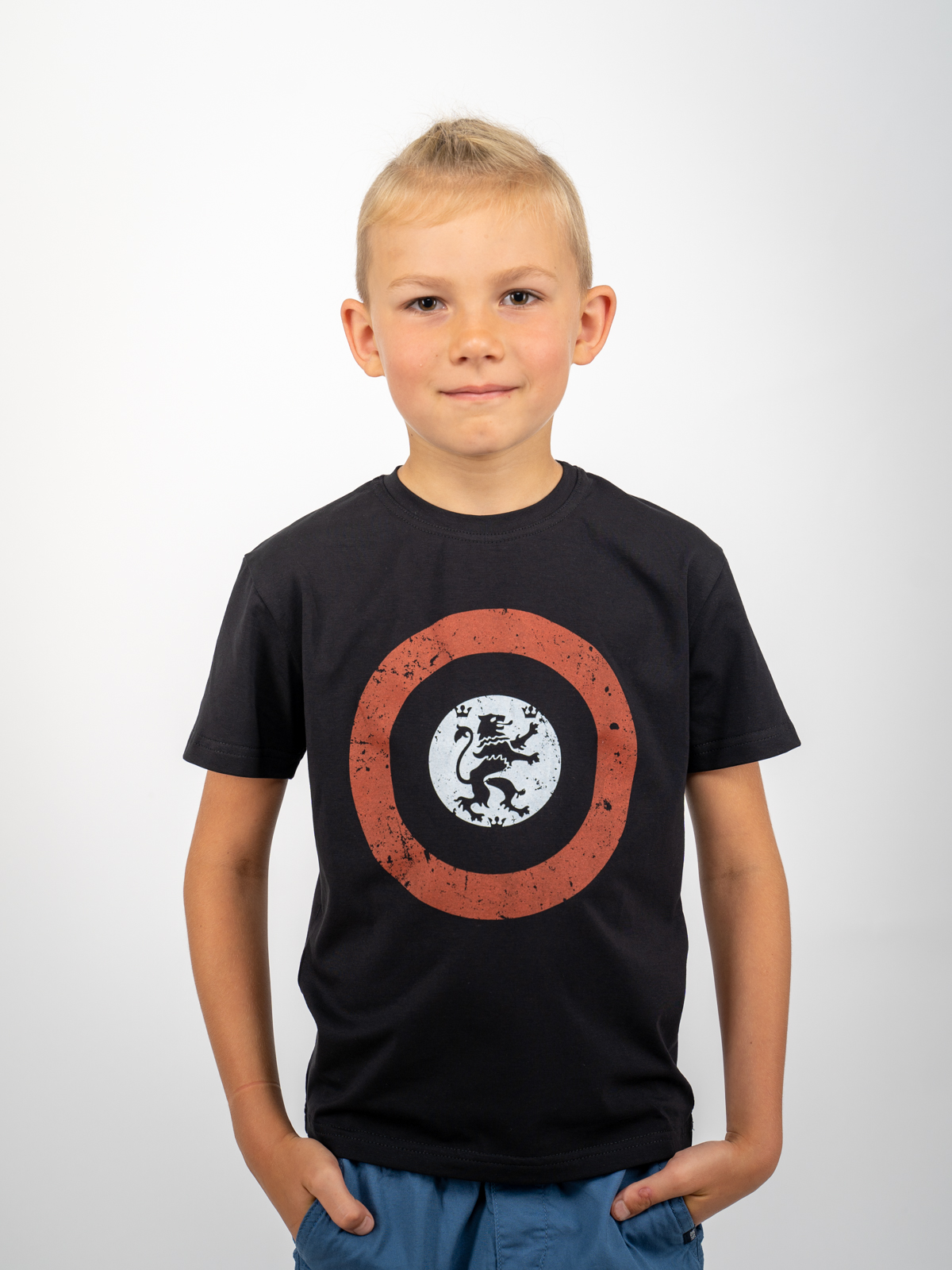 Kids T-Shirt Lion (Roundel). Color black. Unisex T-shirt, well suited for both boys and girls.