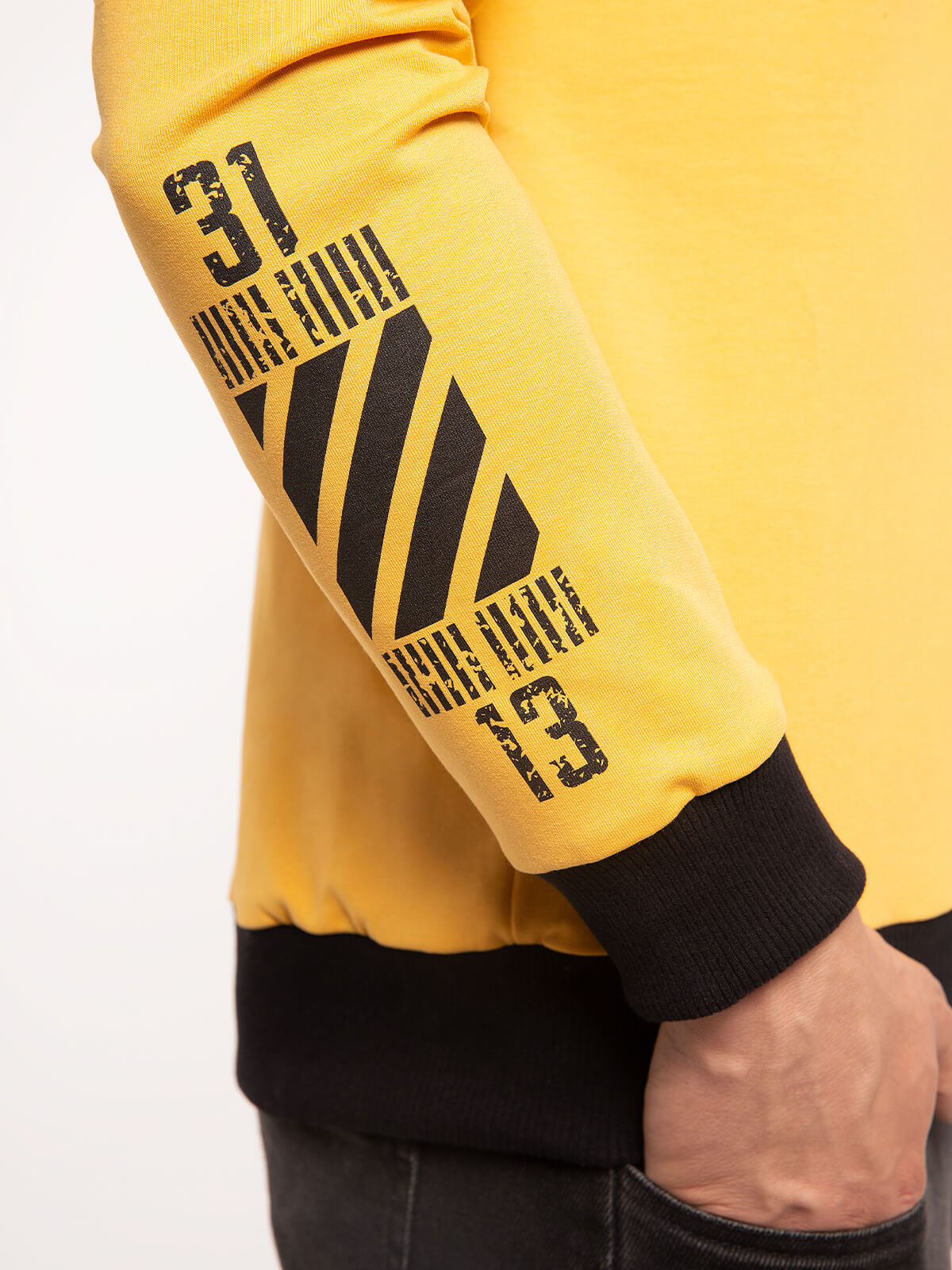 Men's Long Sleeves Have A Nice Flight. Color yellow. .