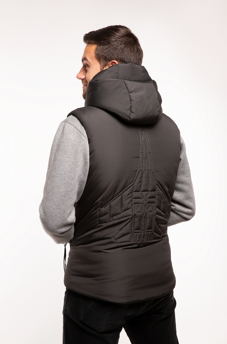 Men's Sleeveless Jacket Ukr Falcons. Color black.  Size worn by the model: М.