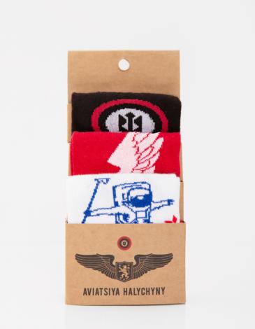 Triple Socks Set For The Flights. Color white. 95% бавовна, 5% еластан Товар обміну та поверненню не підлягає