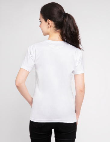 Women's T-Shirt Must-Have. Color white.  Buy a Must-have set (3 in 1) here and save some money  The color shades on your screen may differ from the original color.