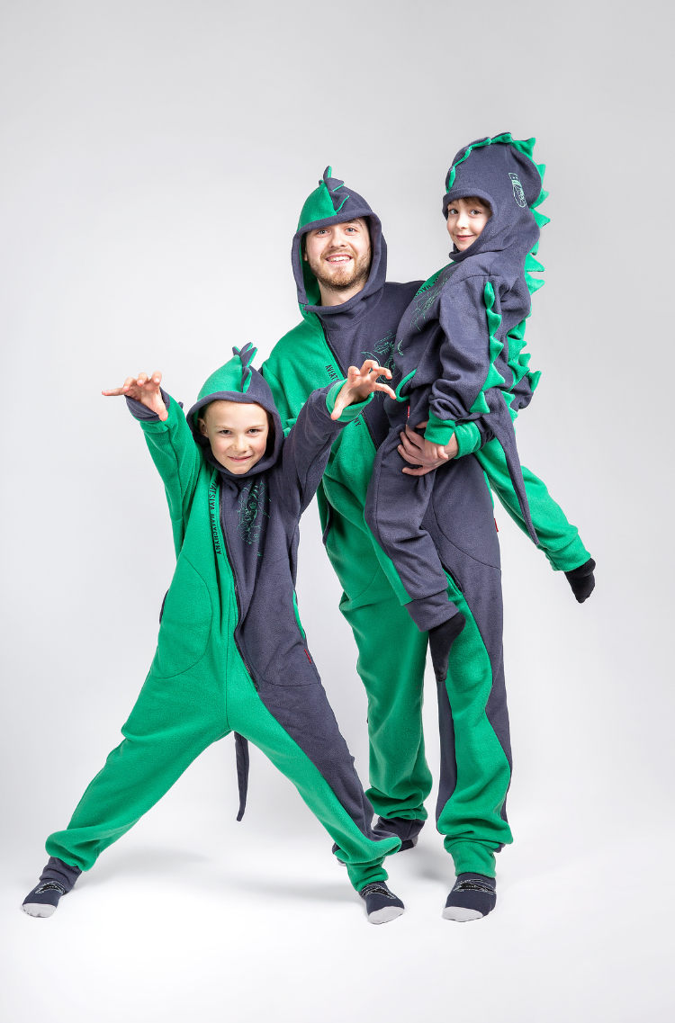 Rompers Dragon. Color green. Pajamas: unisex, well suited for both boys and girls.