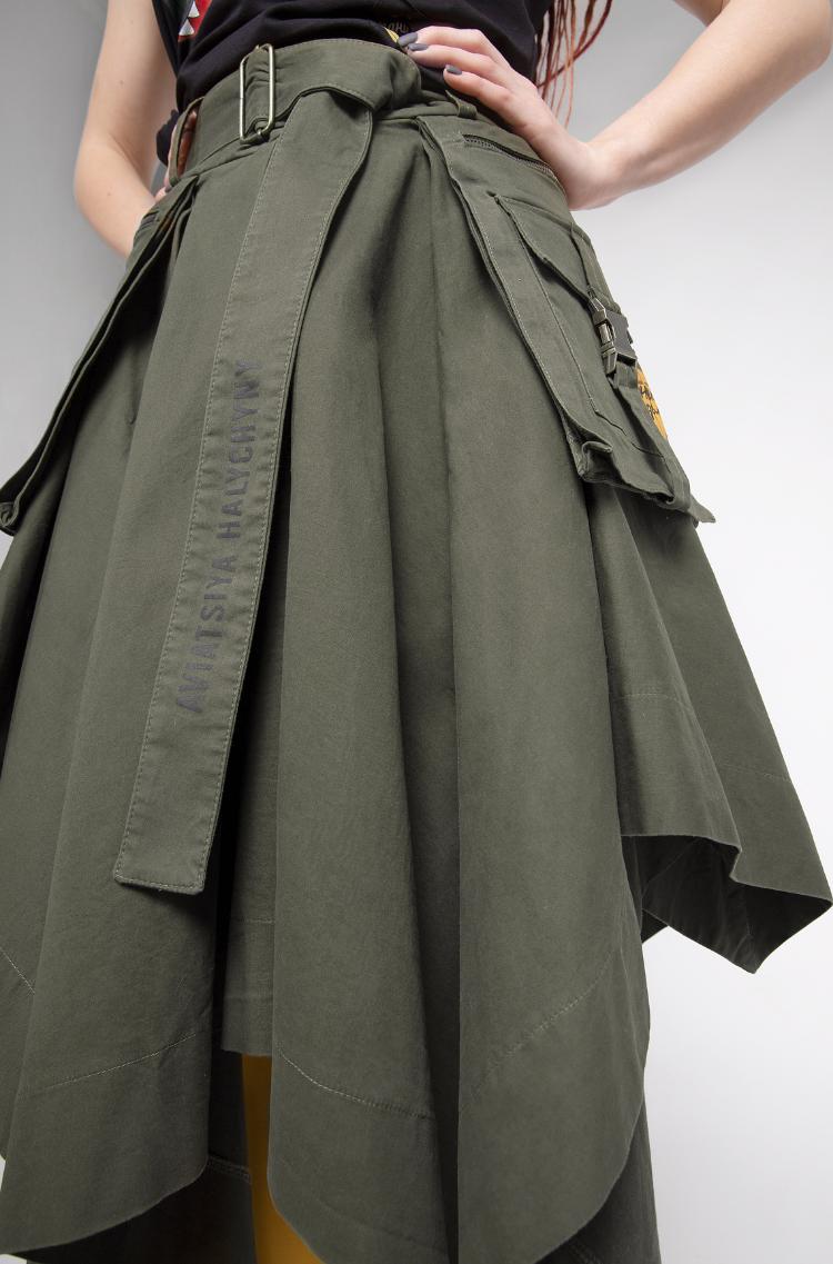 Women's Skirt Broom. Color khaki. 10.