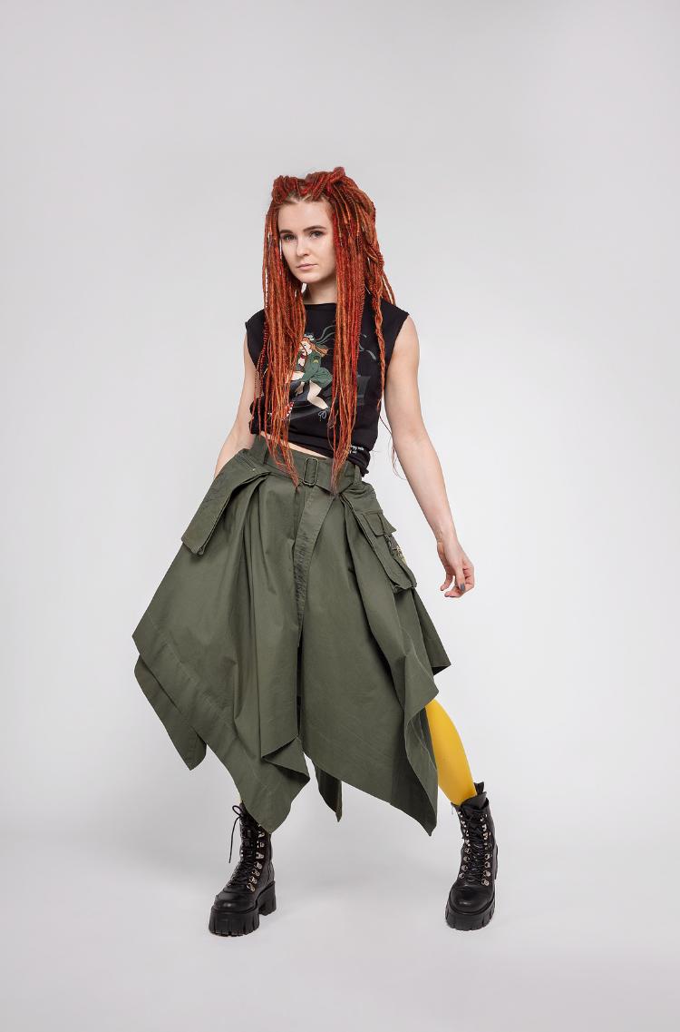 Women's Skirt Broom. Color khaki.  Height: 163 cm.
