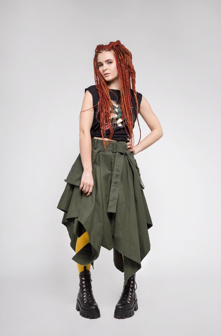 Women's Skirt Broom. Color khaki. The material – 60% cotton, 36% polyester, 4% elastane.