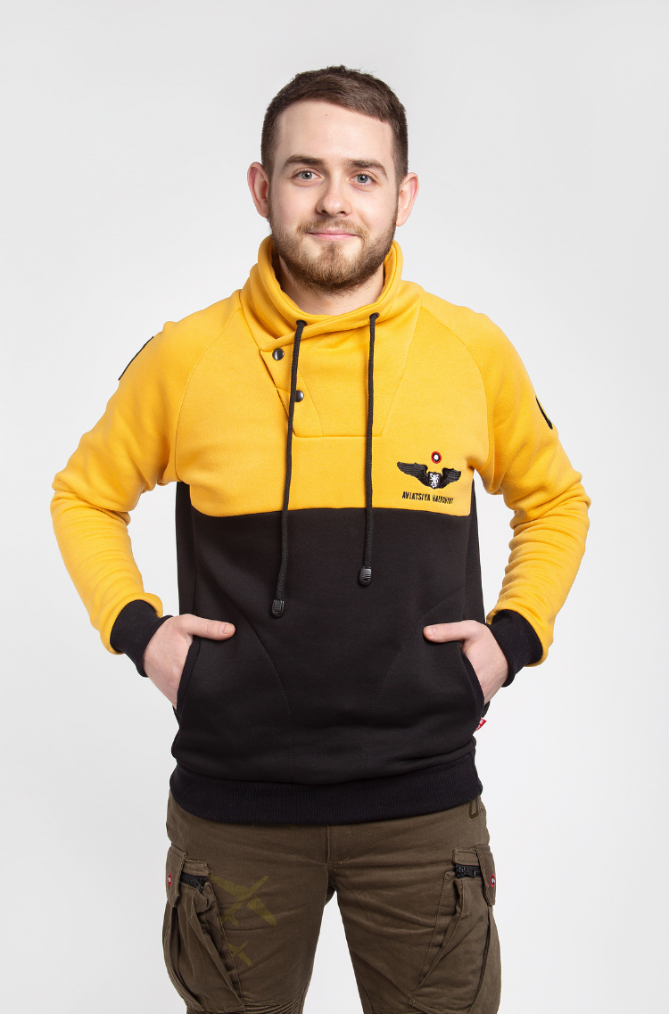 Men's Sweatshirt Serafym. Color yellow. Three-cord thread fabric: 79% cotton, 21% polyester.