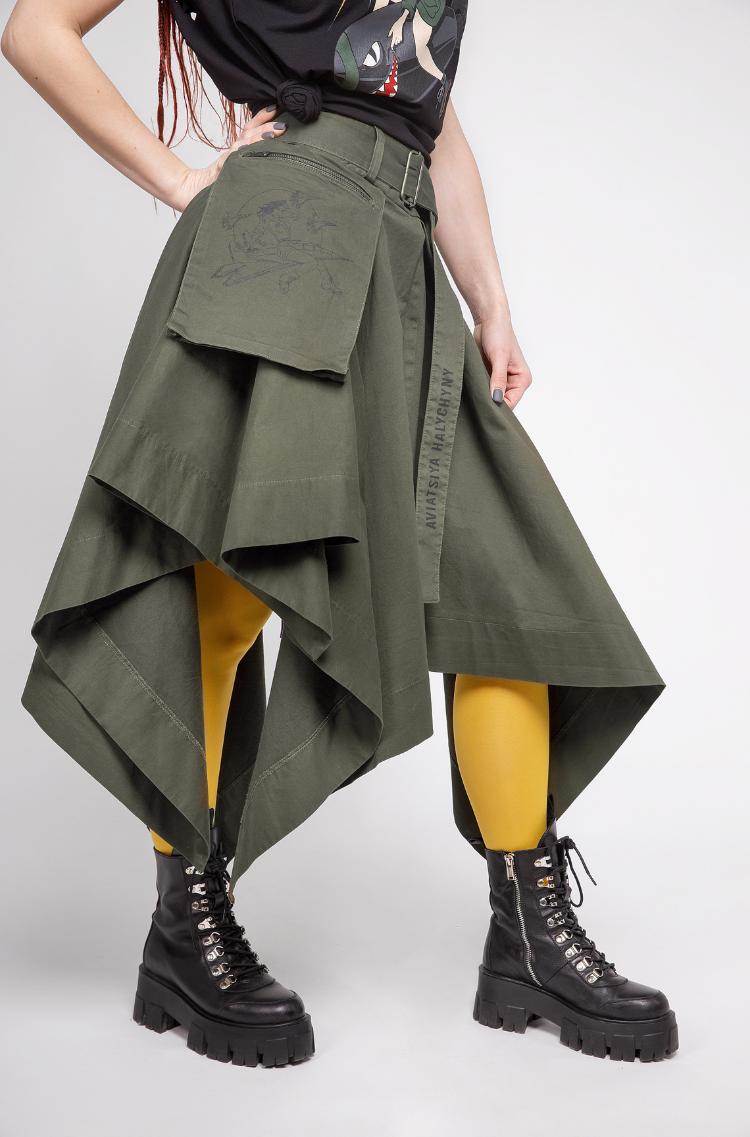 Women's Skirt Broom. Color khaki. 5.
