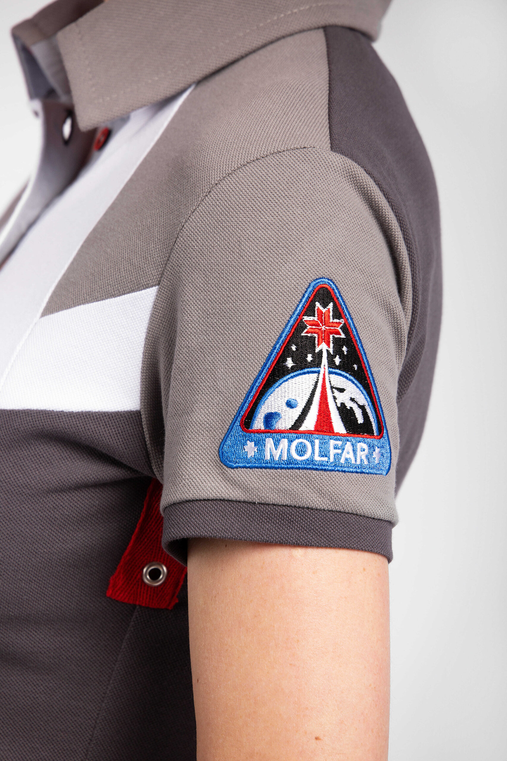 Жіноча Сукня-Поло Друга Експедиція Мольфарів. Колір темно-сірий.  Ця сукня є частиною фемілі луку —